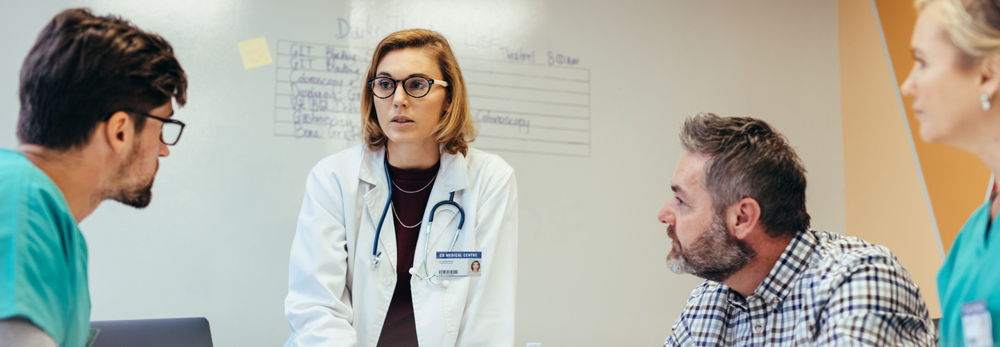 Doctors in a briefing.